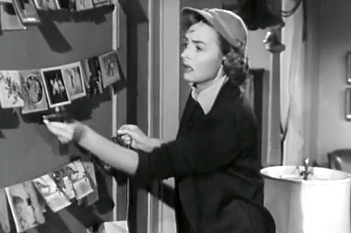 Season 1 Episode 14 A Very Merry Christmas Becoming Donna Reed